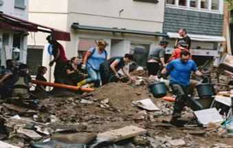 德国巴特明斯特艾弗尔:洪水过后