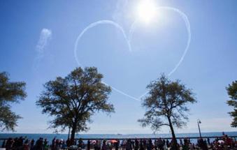 加拿大国际飞行表演节在多伦多举行